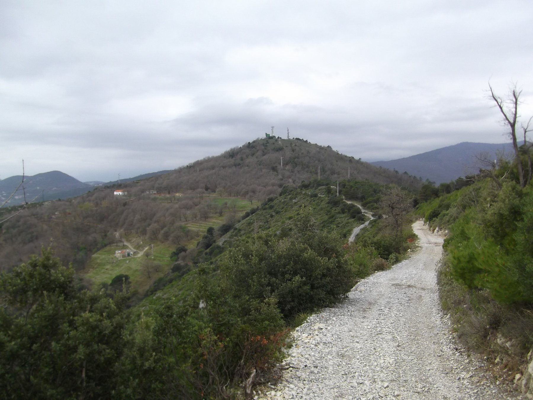 Corvi (Rocca dei) da Spotorno, anello per Monte Mao, Bric Colombino e Gola Sant' Elena 2016-03-31