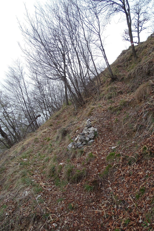 ometto in prossimità dell'incrocio con il sentiero n.72