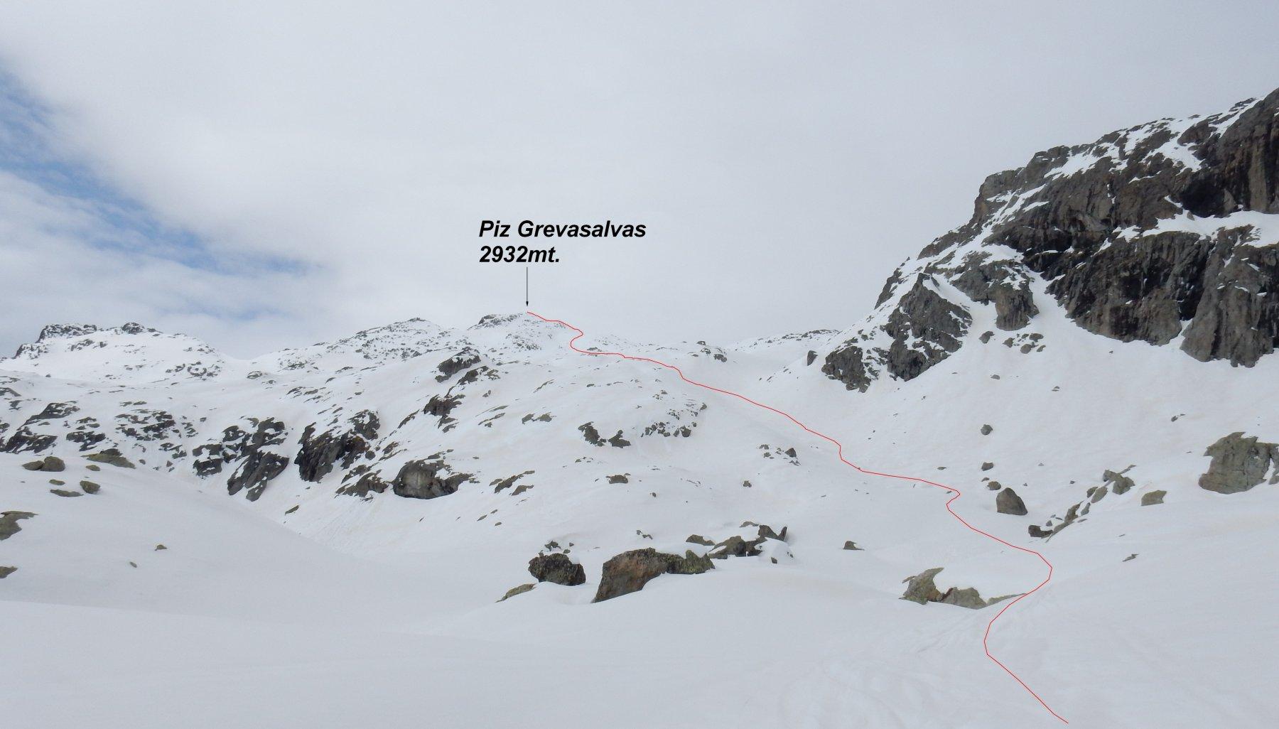 In rosso la traccia di salita vista dal Laj Nair 2456mt.