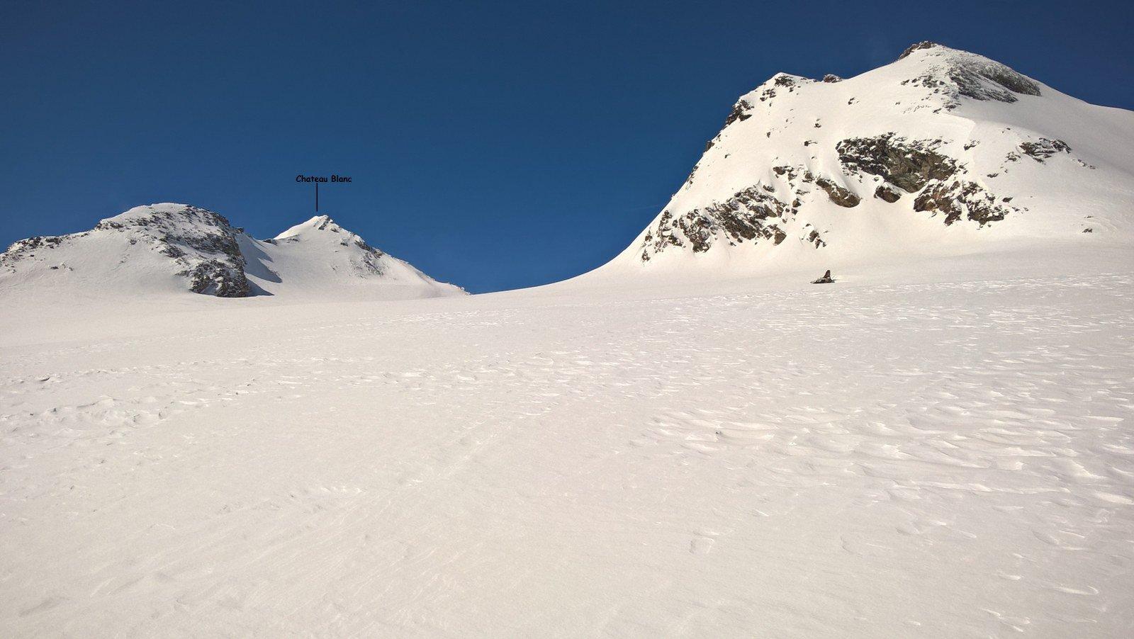 Sul ghiacciaio con la cima in fondo