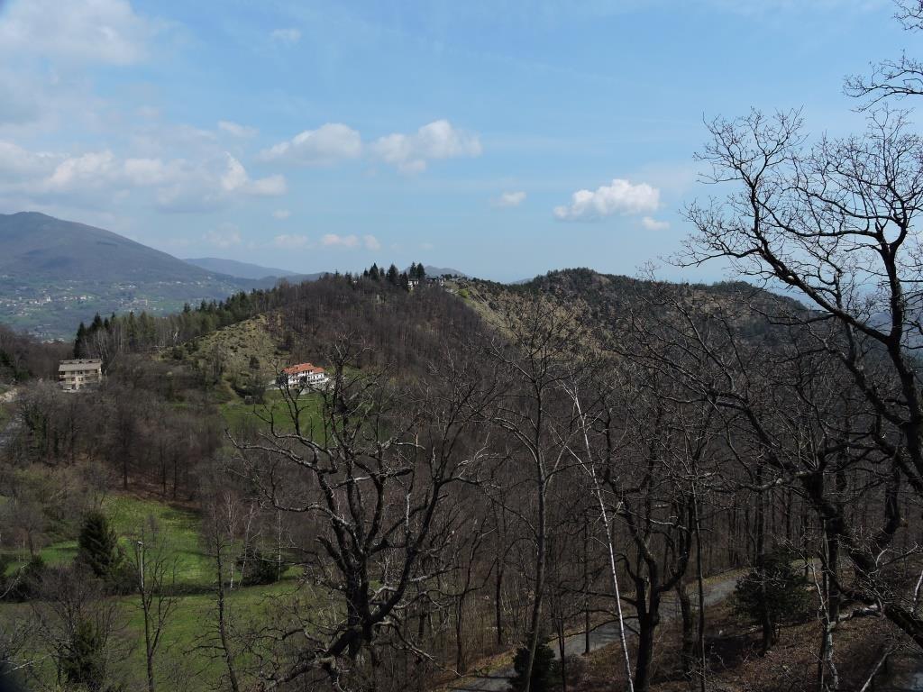 La dorsale del Monte Momello dal Santuario di Sant'Ignazio