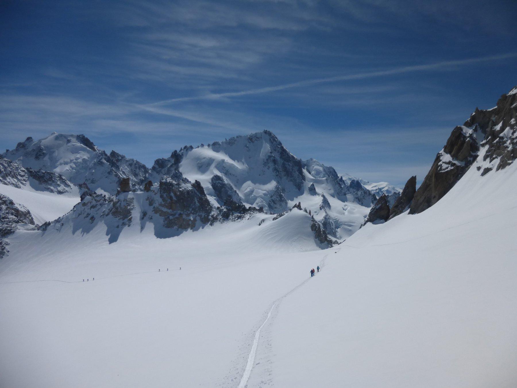 sul Plateau du Trient, sullo sfondo la splendida Chardonnet...
