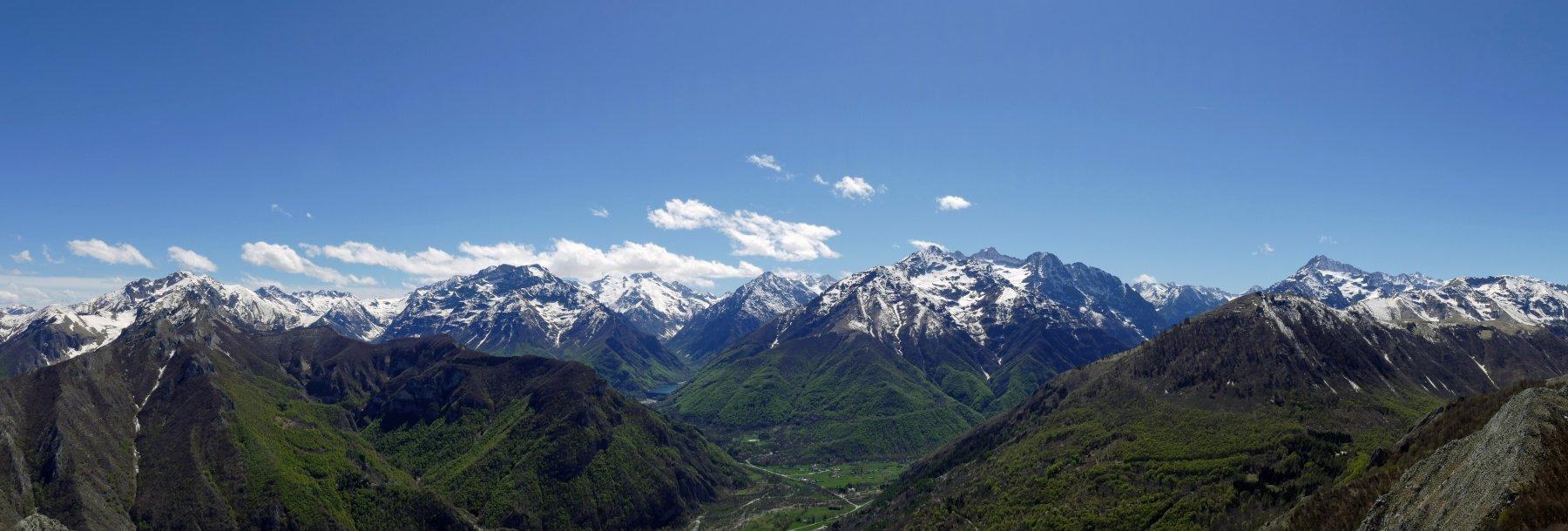 Panoramica dal Saben  verso le cime principali della Valle Gesso