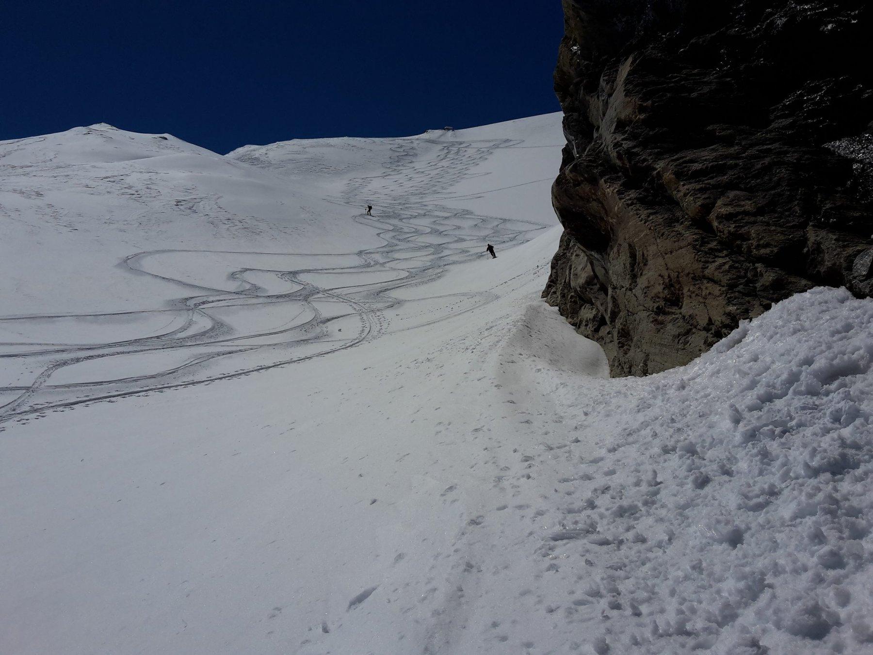 Verso q. 2800, parte superiore del lungo canale che porta al ghiacciaio