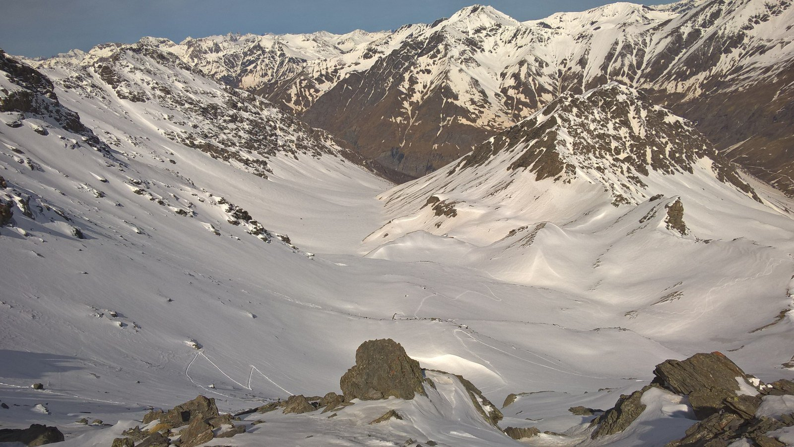Vallone di salita visto dalla cima