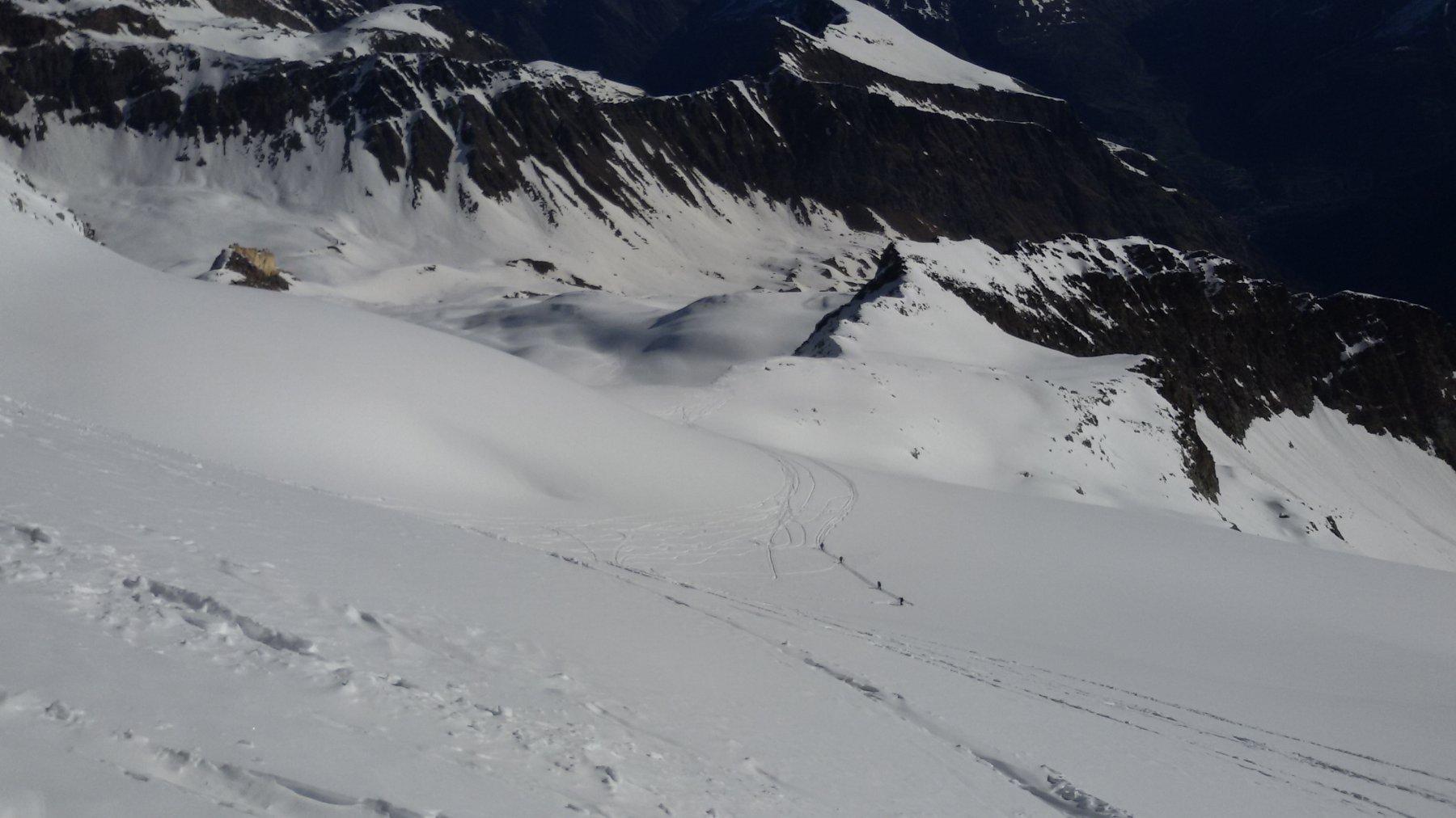 Cordata in salita sul ghiacciaio
