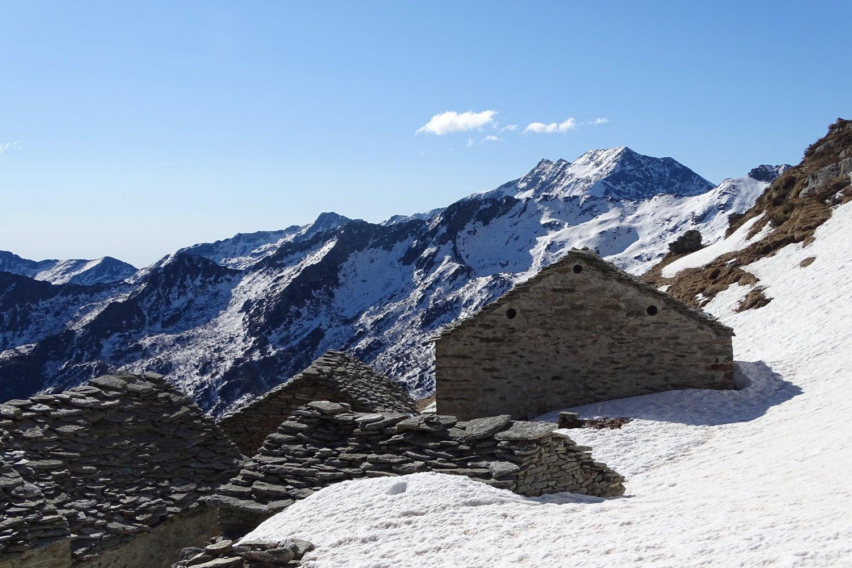 Alpe del Lago, dove inizia la neve