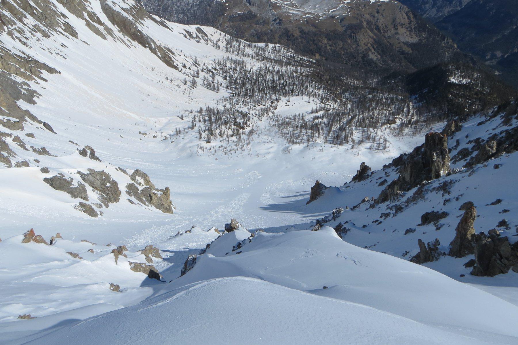 il Couloir N e il Vallon de Bramafan dalla cima de La Grande Peyrolle
