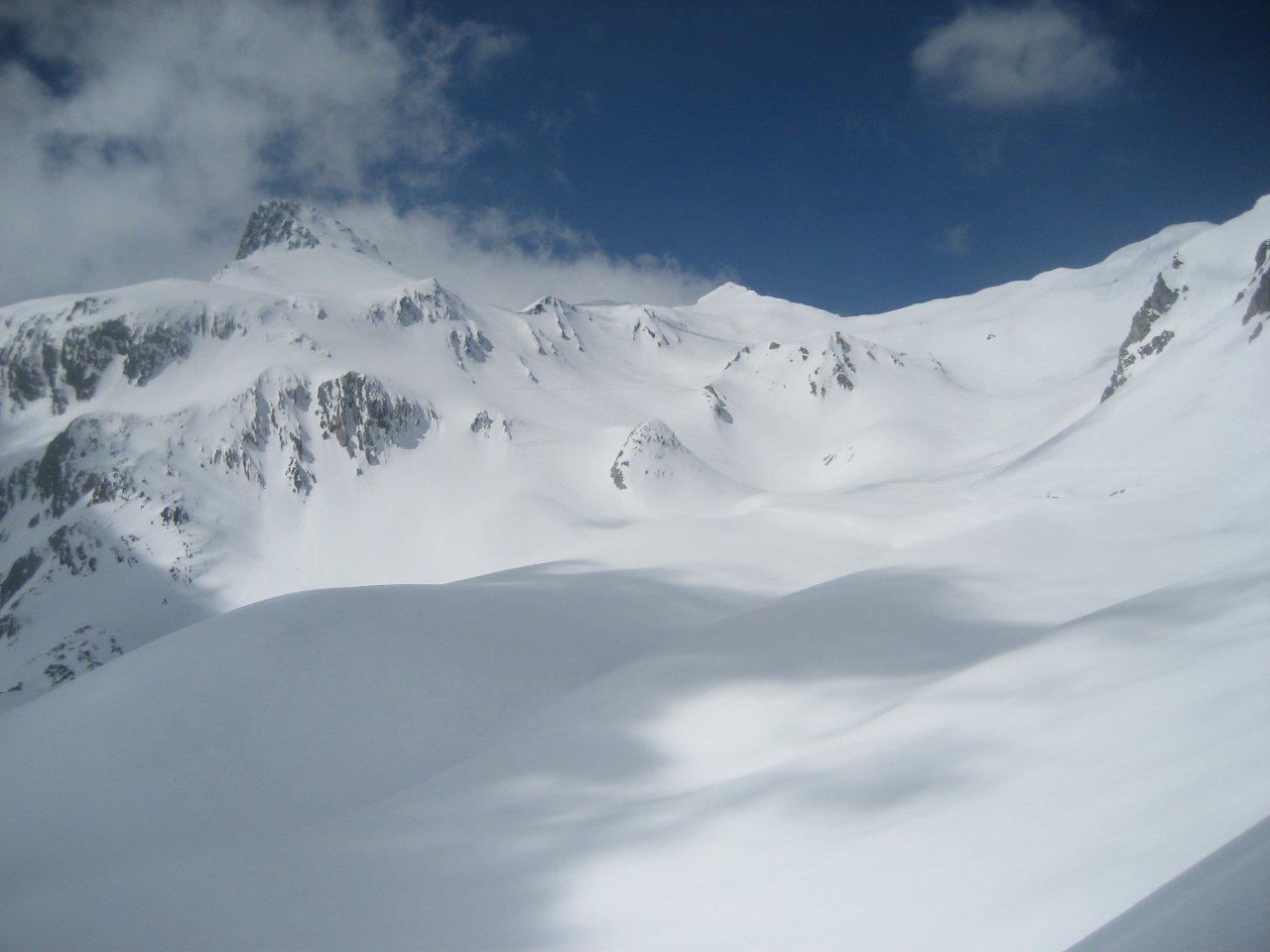 tratto superiore, mont Fourchon al centro della foto