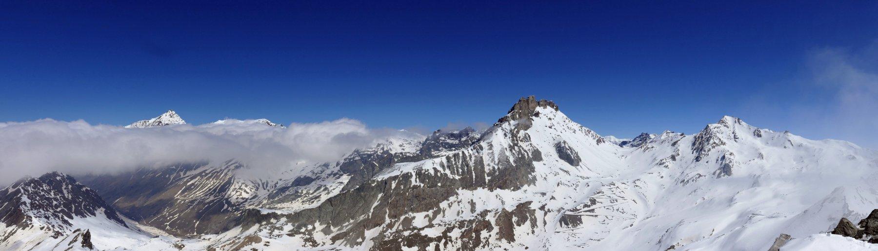 Panoramica dalla Punta d' Almiane
