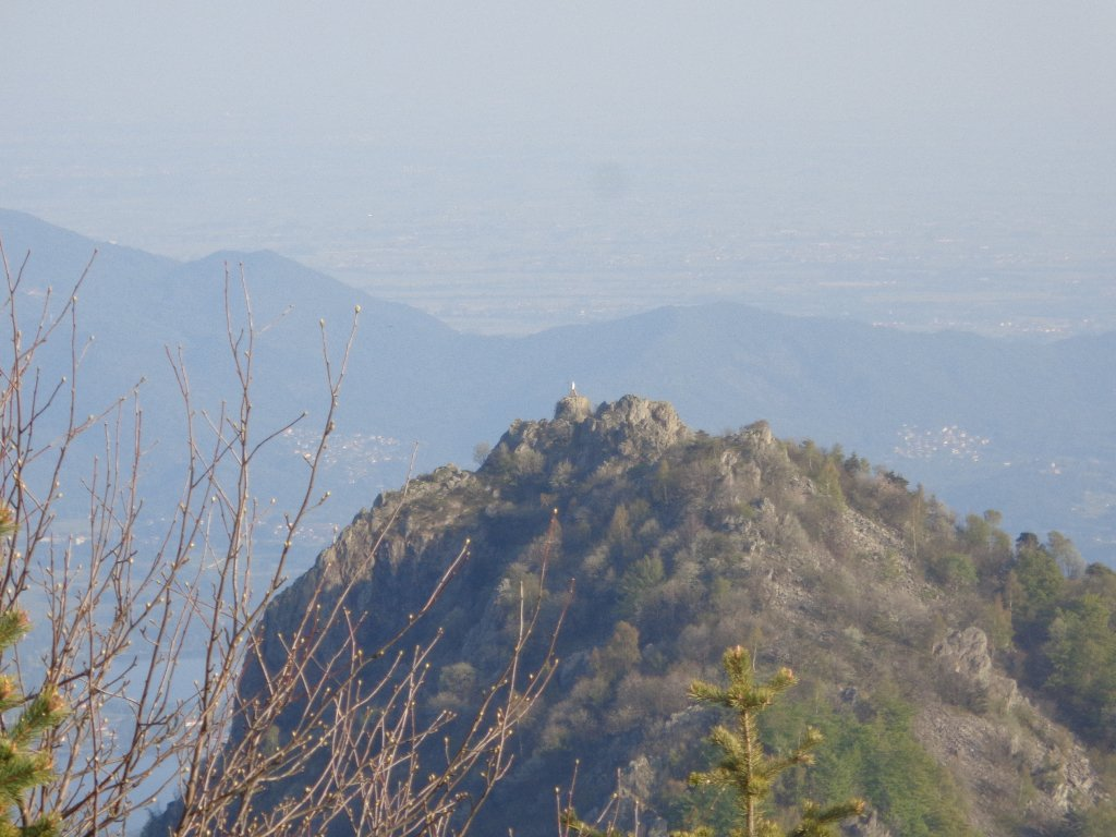 zoom su Rocca Sella dal Sapei