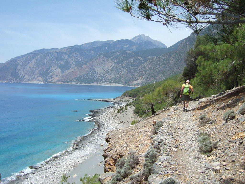 Verso la spiaggia di Aghios Pavlos