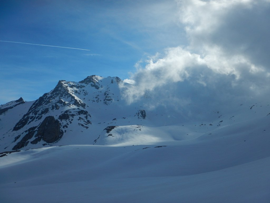 La punta con nebbie dal Passo Forneaux Sett.