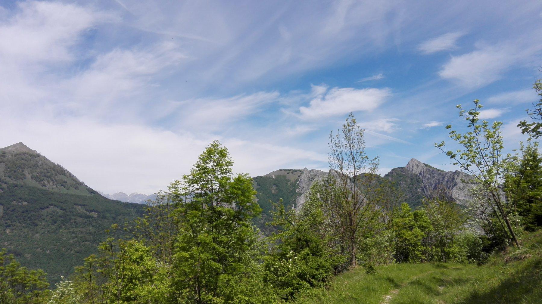Monte La Piastra (sx) e Saben (dx)
