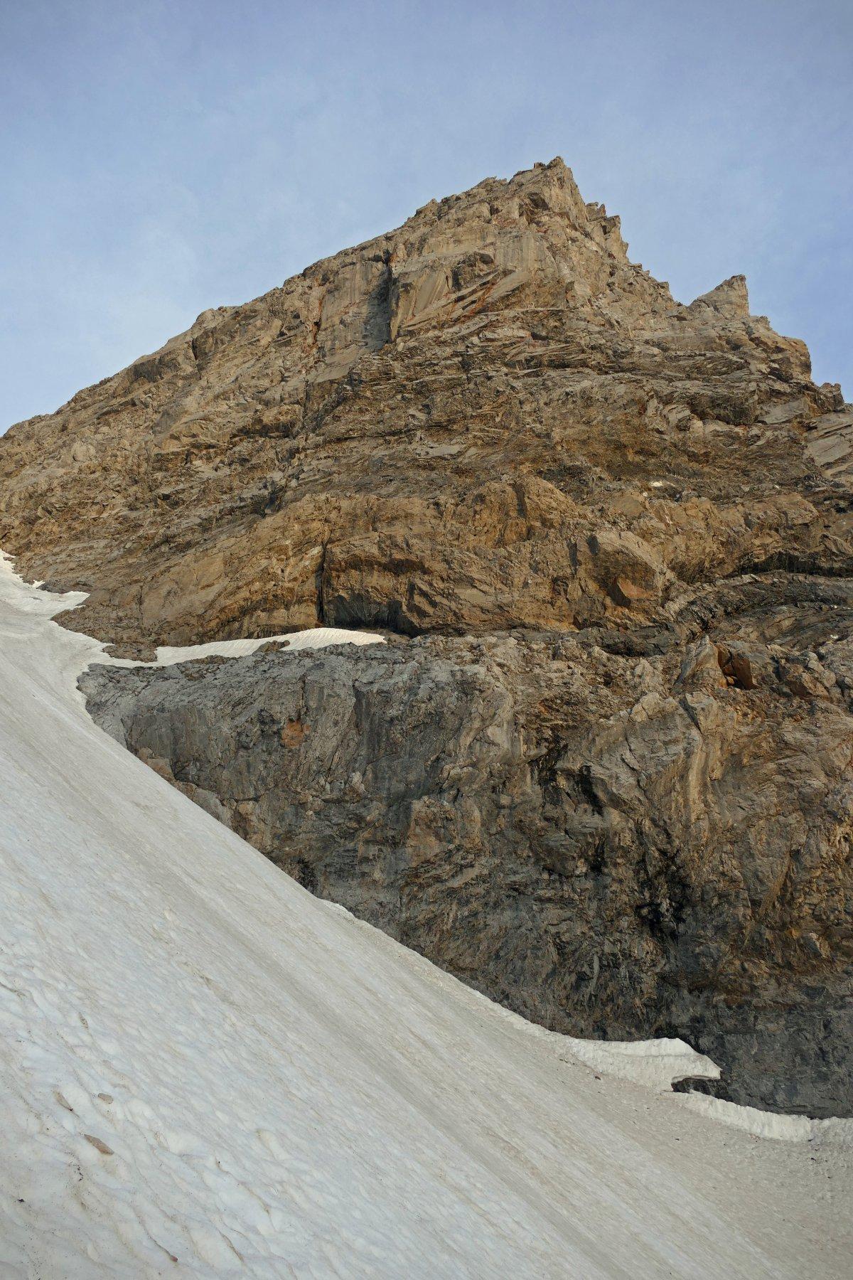 Punta Tino Prato dalla parte centrale del canalone