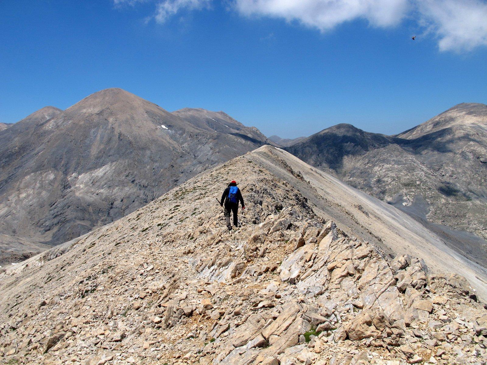 La massima elevazione, q. 2100, della cresta.