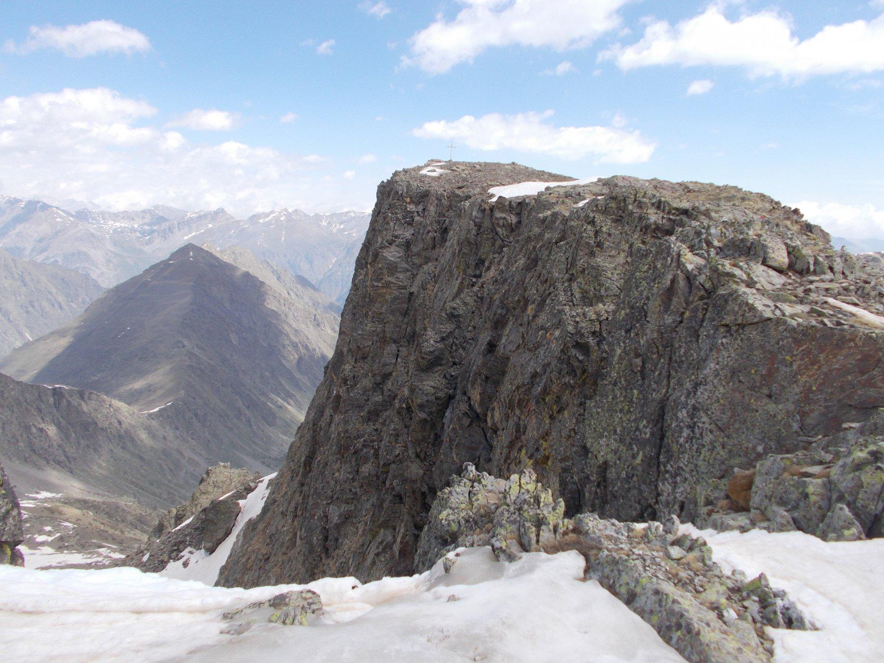 la Punta Zanotti dall'altipiano di Rocca Rossa..