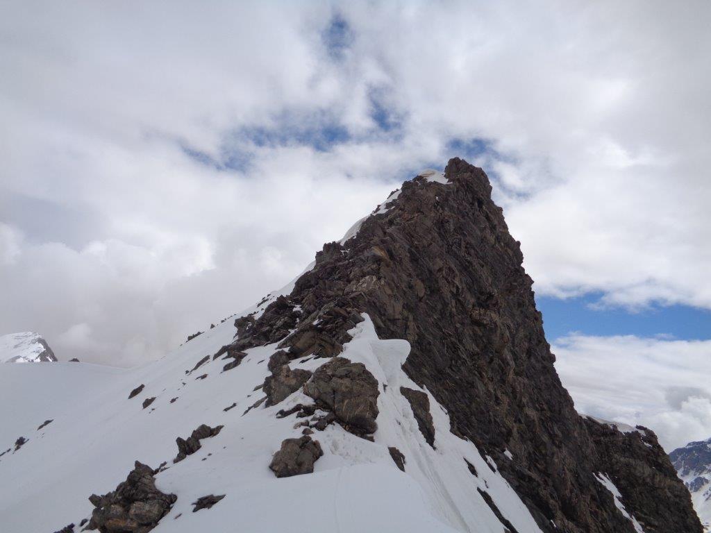 60 metri di cresta da arrampicare se si vuole