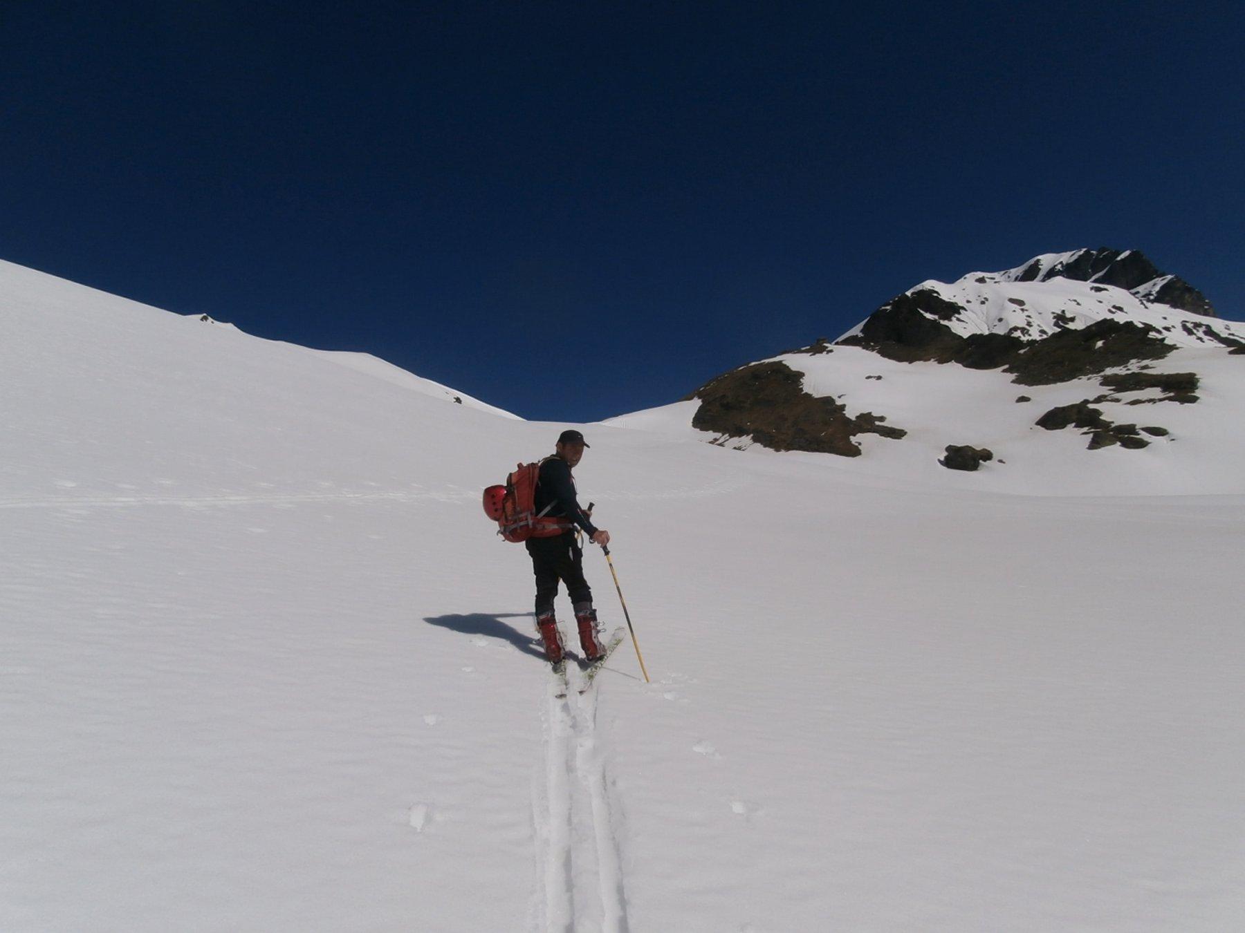 verso quota 2500 dove iniziava la neve fresca ma sfondosa...
