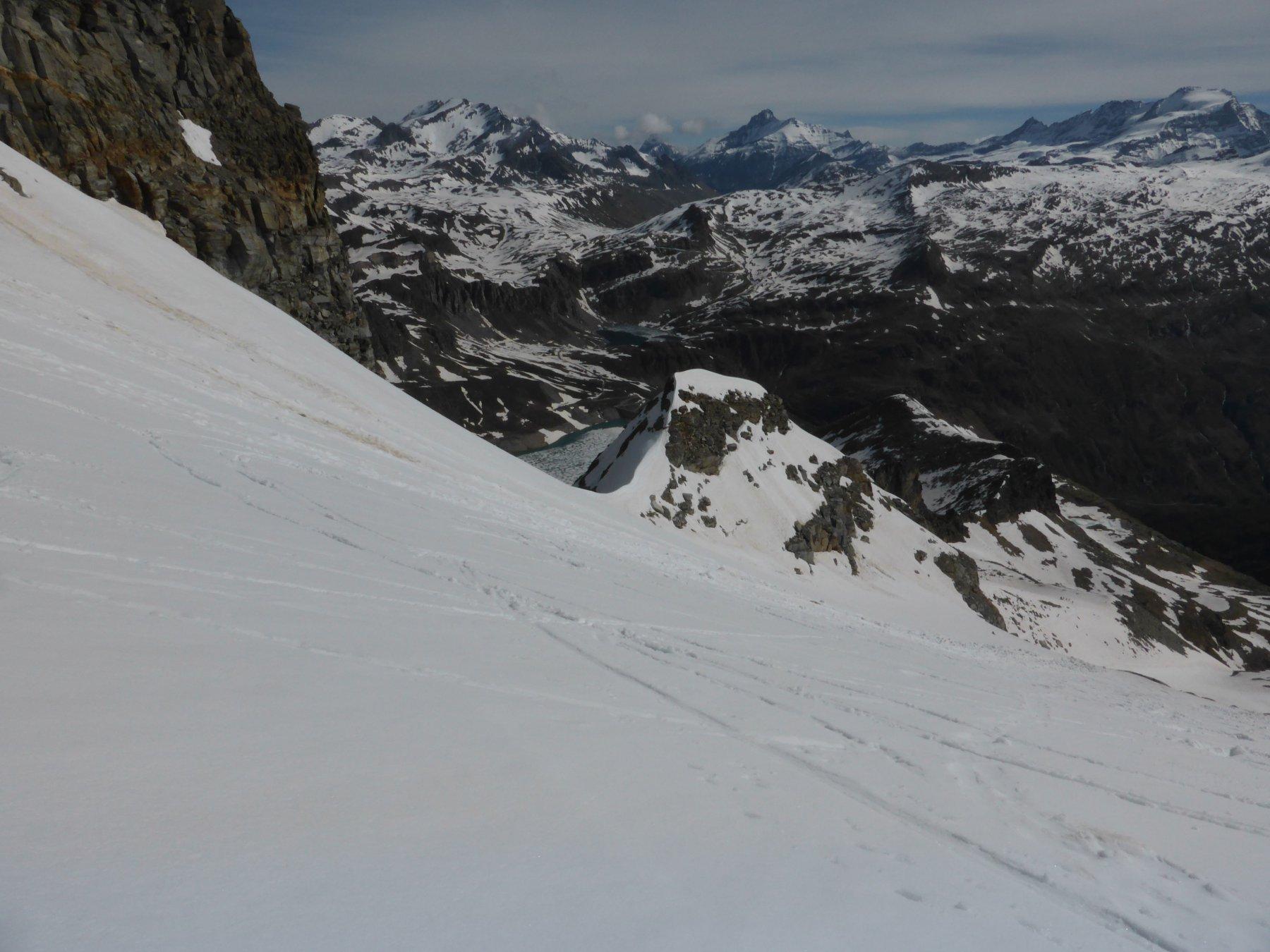 Salendo sul ghiacciaio del Carro