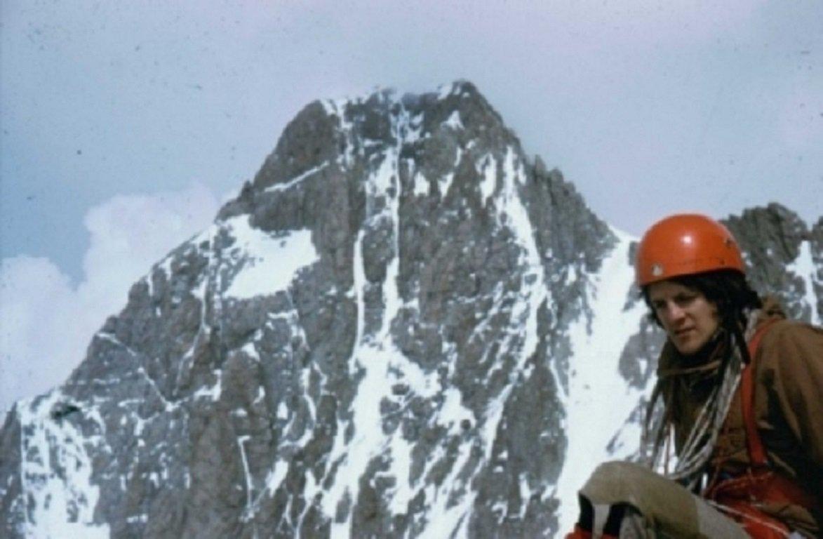 1975 cresta sud ovest (quasi). Sullo s fondo lo Schreckhorn