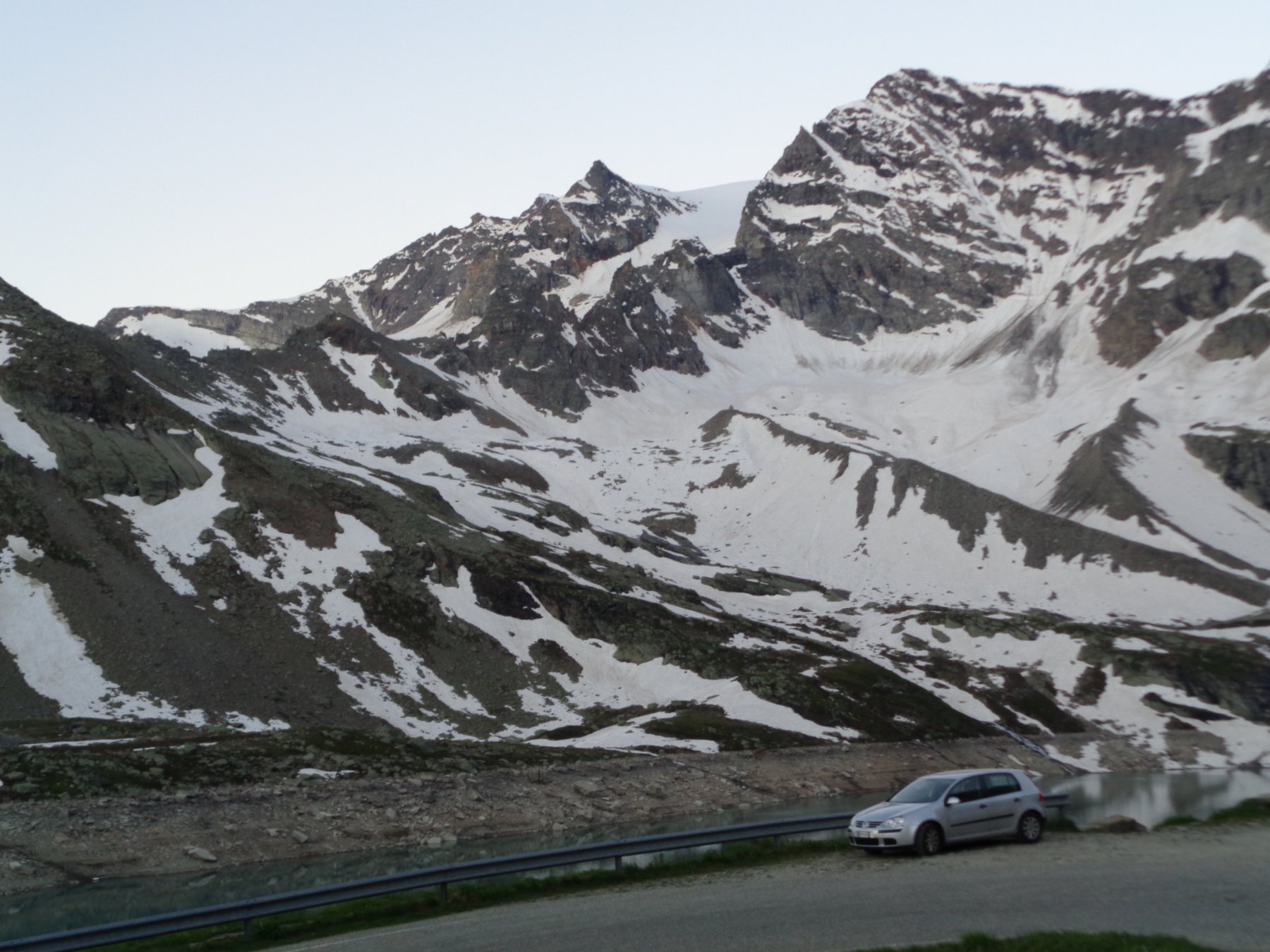 Galisia (Punta) dalla Diga del Serrù, giro valli Orco, Rhemes e Isère 2016-06-24