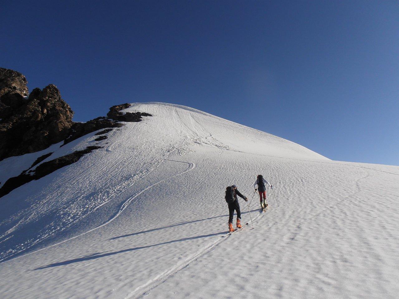 04 - arrivo sulla spalla scialpinistica