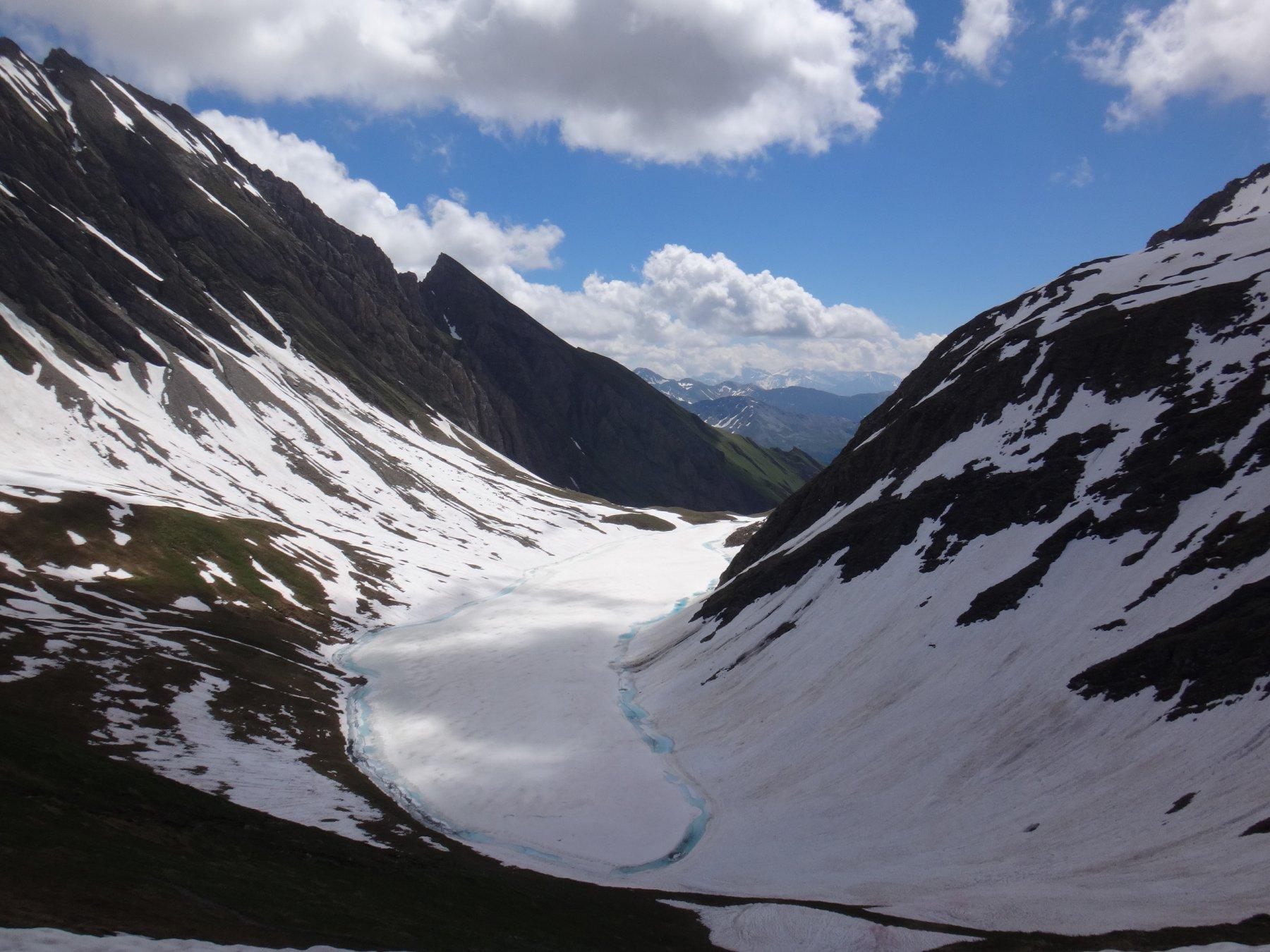 Il lago Liconi gelato