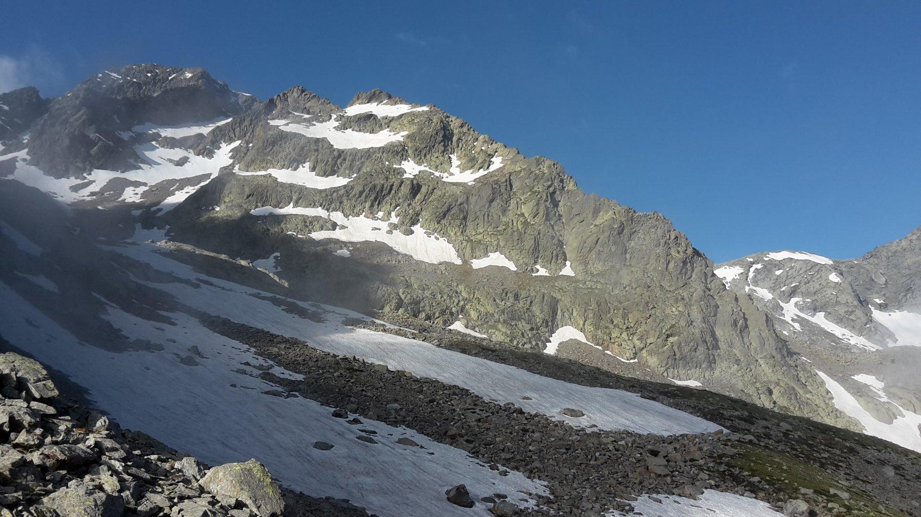 La cresta e il vallone di discesa