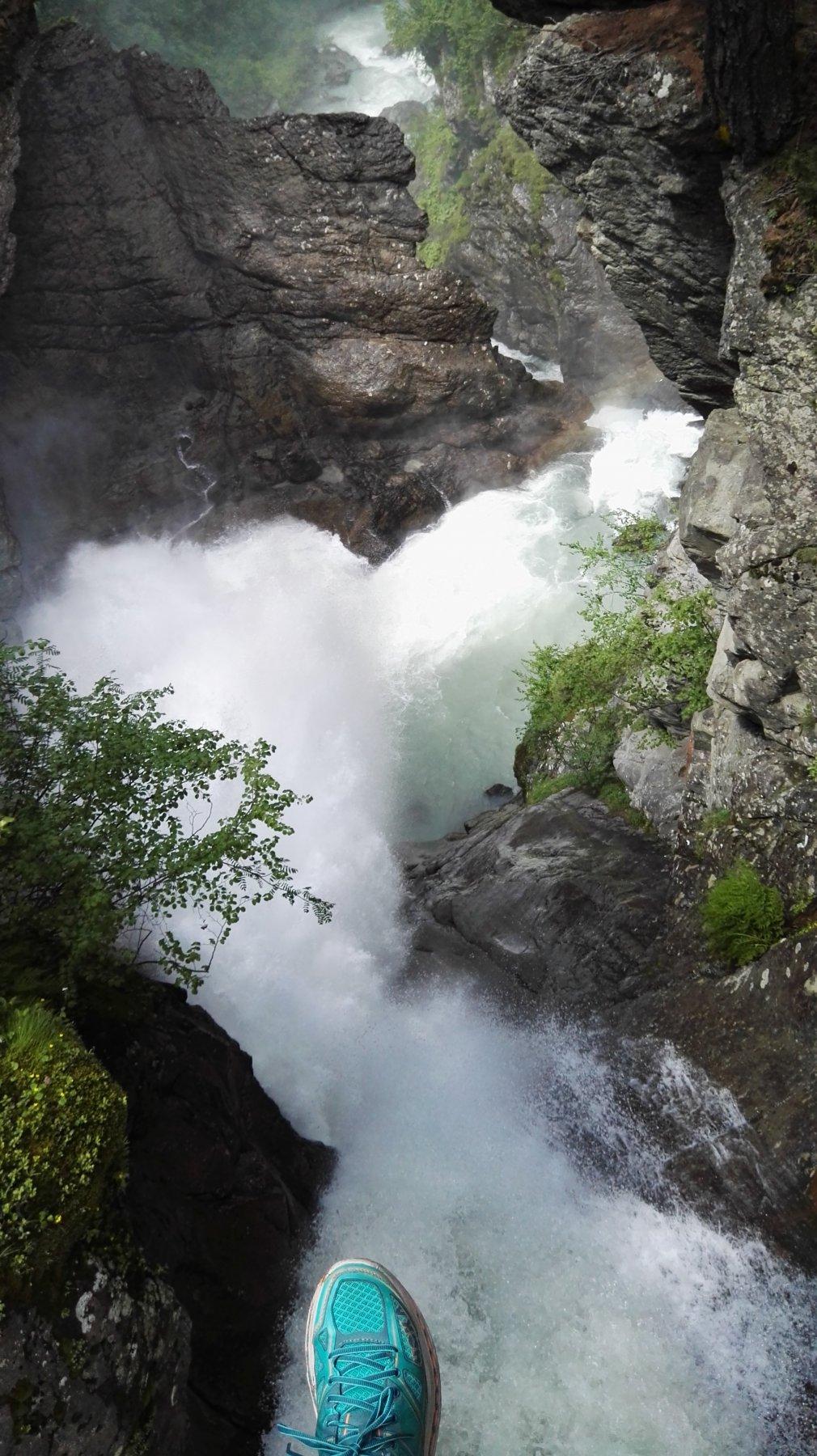dal ponticello sulla seconda cascata