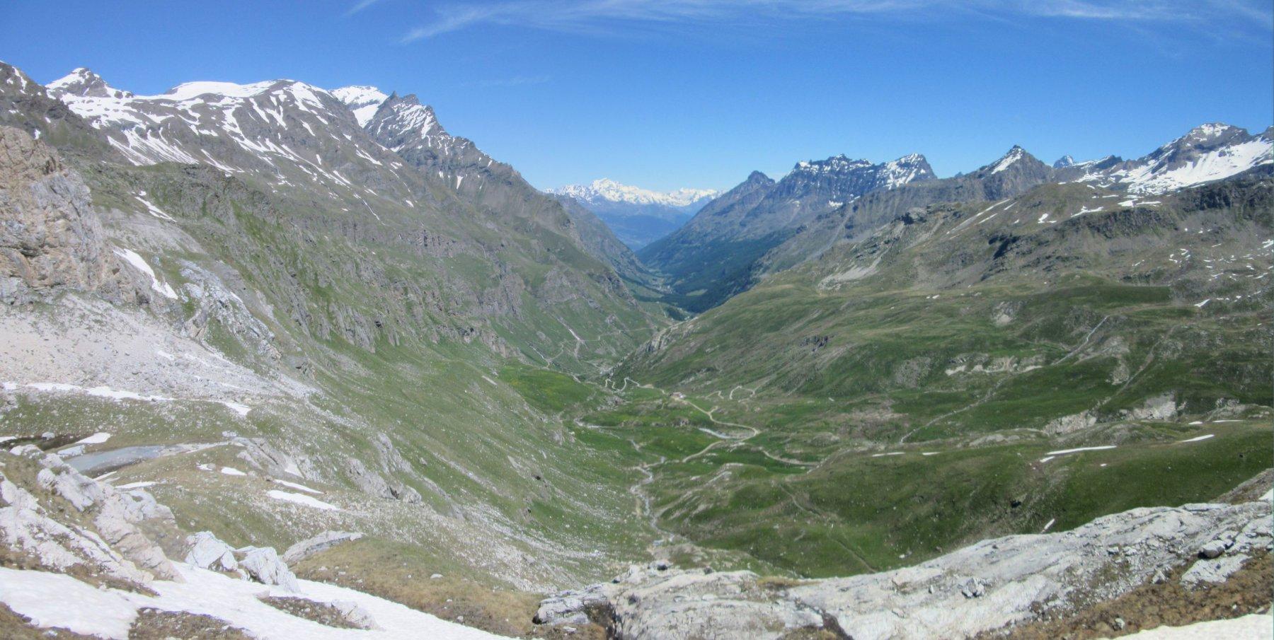 Panorama dalla vetta verso la Valle di Rhemes