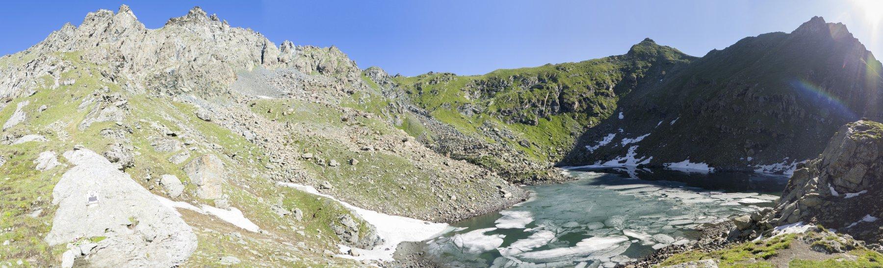 vista dalla cresta dal lago, attacco sul colle a destra