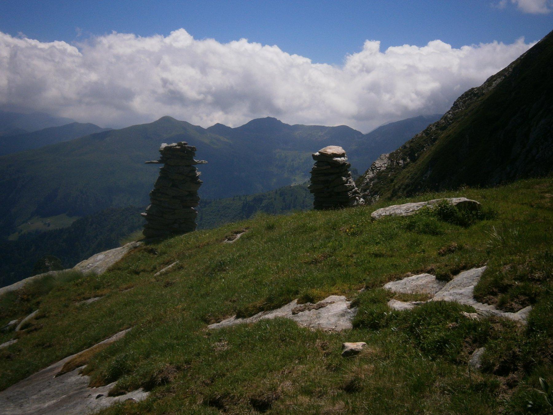 grossi ometti Alpe Laghetto