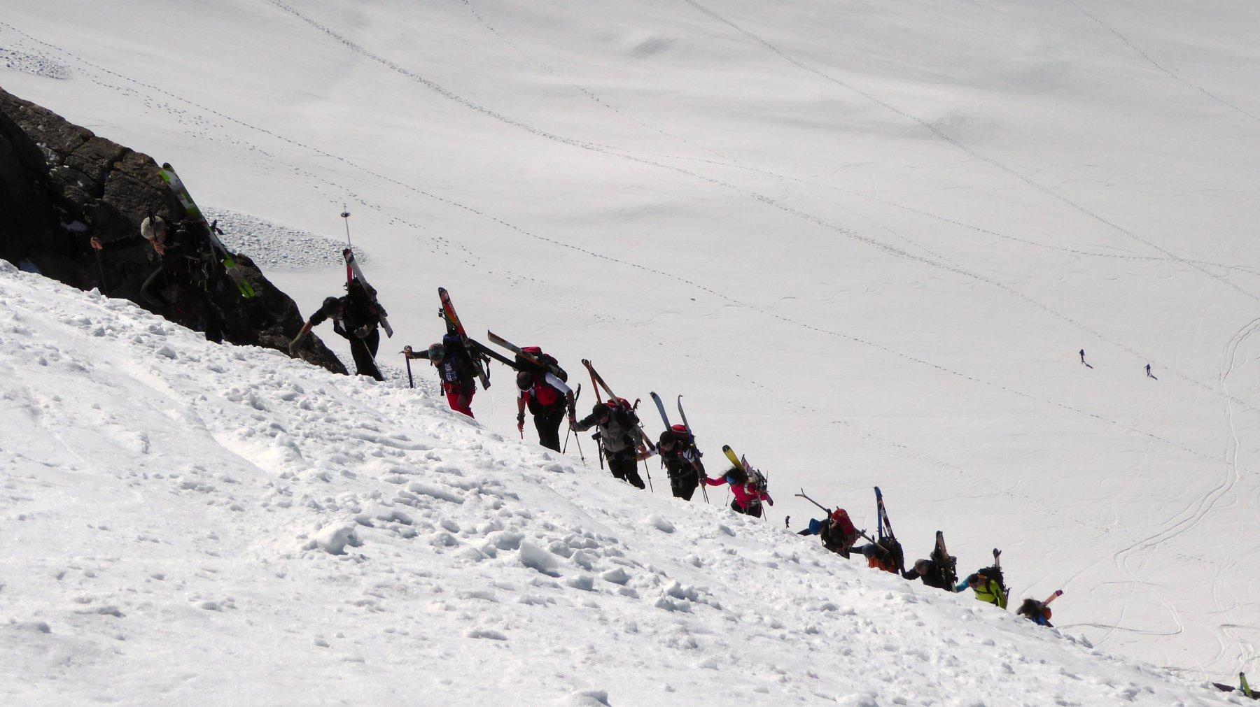 tanti con gli sci