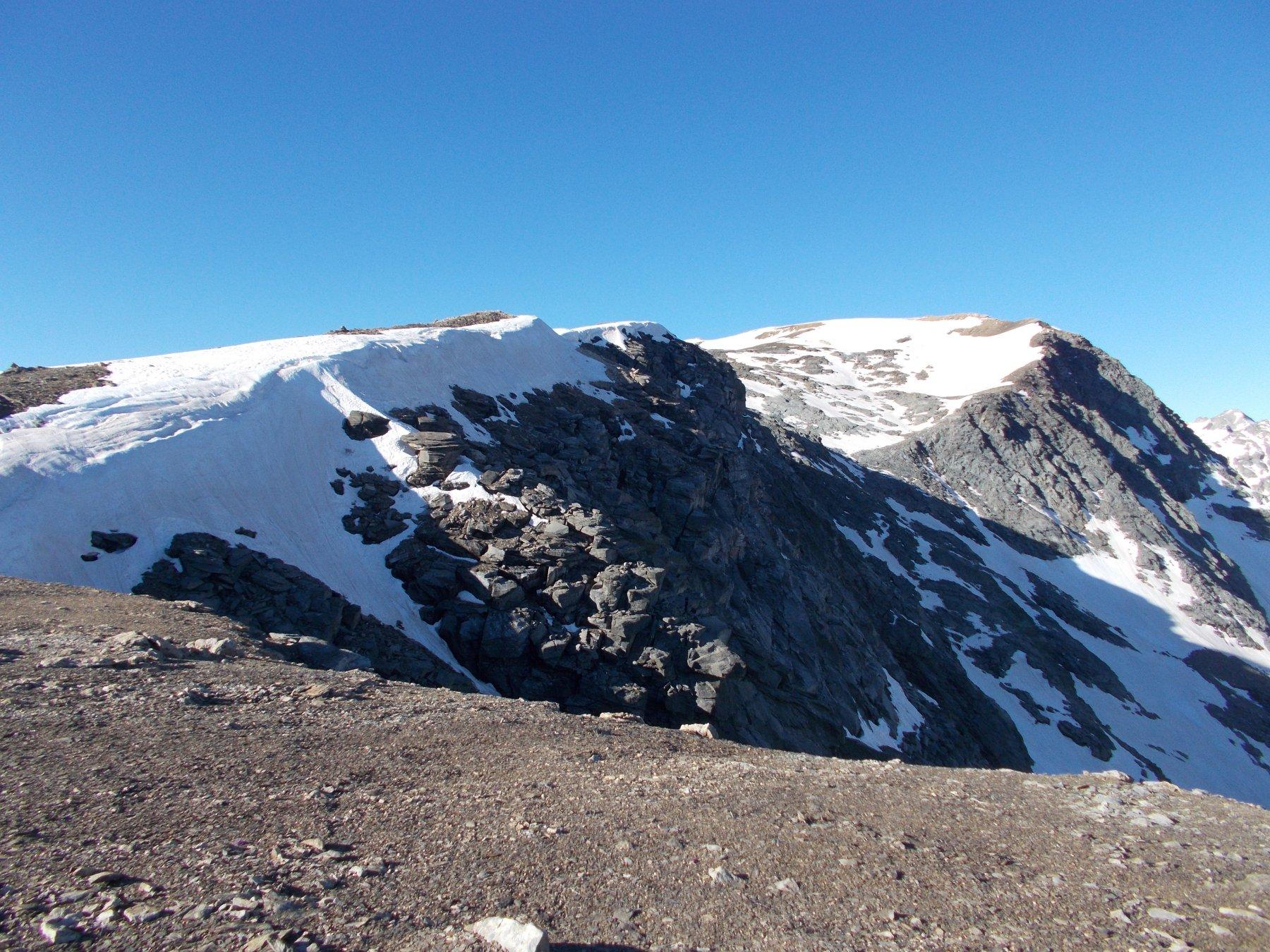 La cresta nord-est..dal colletto di Giusalet-Bard..