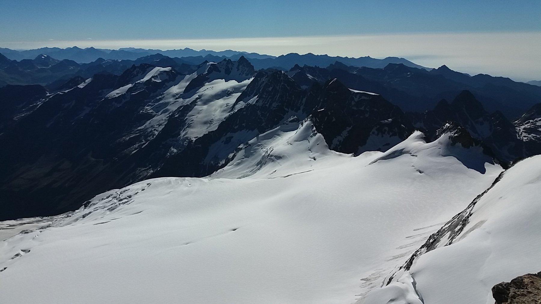 Dalla cima, spettacolare vista sul ghiacciaio della Tribolazione