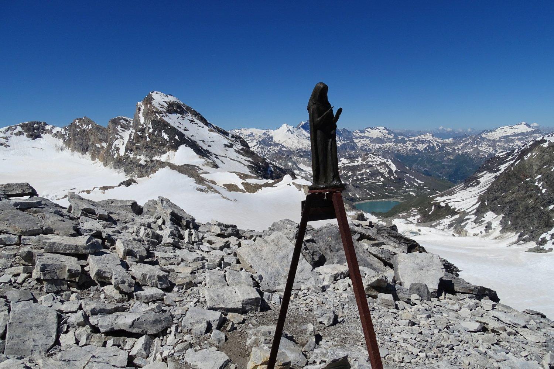 la Madonnina della cima nord con la Tsanteleina sullo sfondo