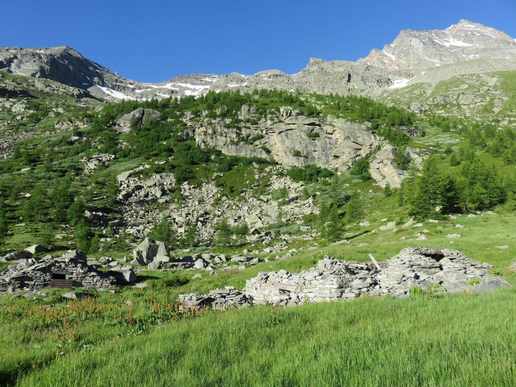 Ruderi Alpe L' Arpiat