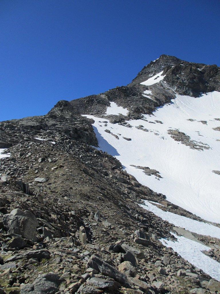 Il largo crestone nord della cima Vacca