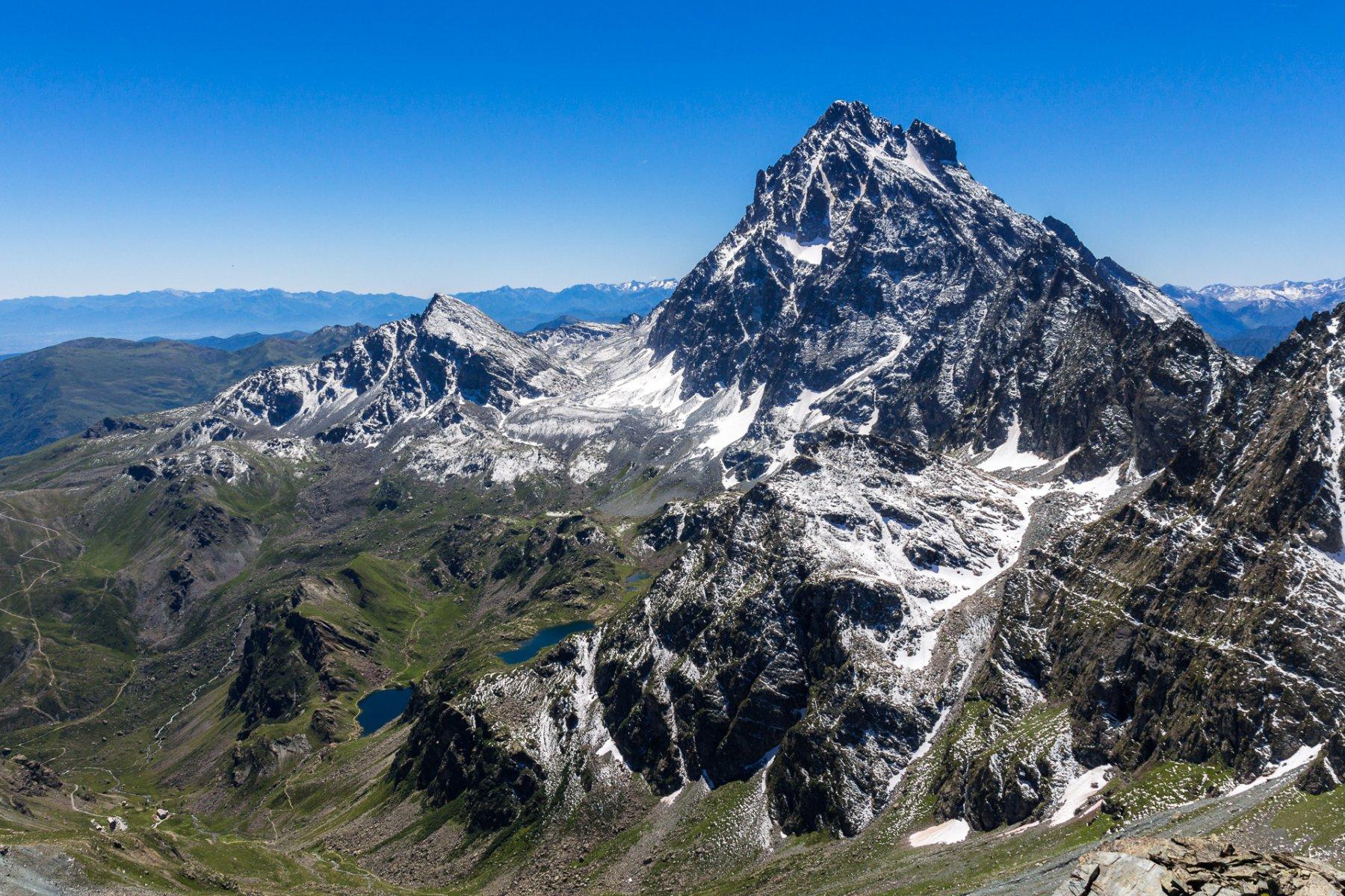Il panorama sul Monviso dalla cima
