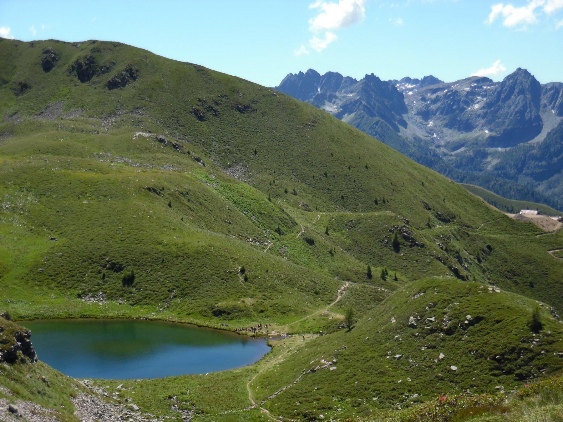 Lago delle Trote. Dietro Pizzo del Becco