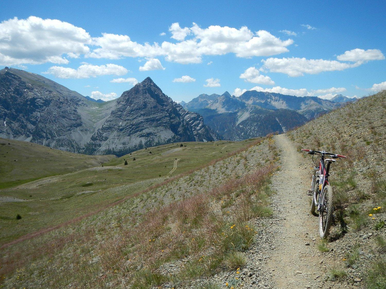 il bel sentiero verso il Col du Gondran