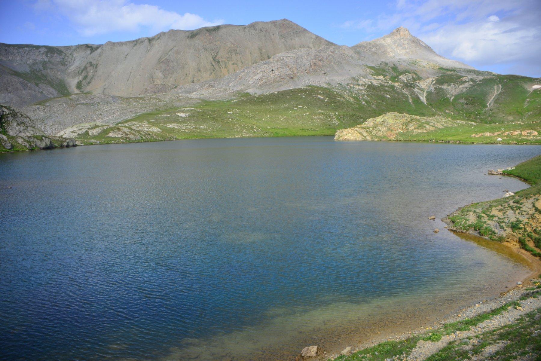 ultimo lago con la punta Roburent