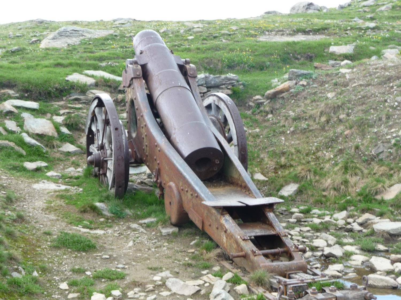 Uno dei cannoni al Lago dei Cannoni