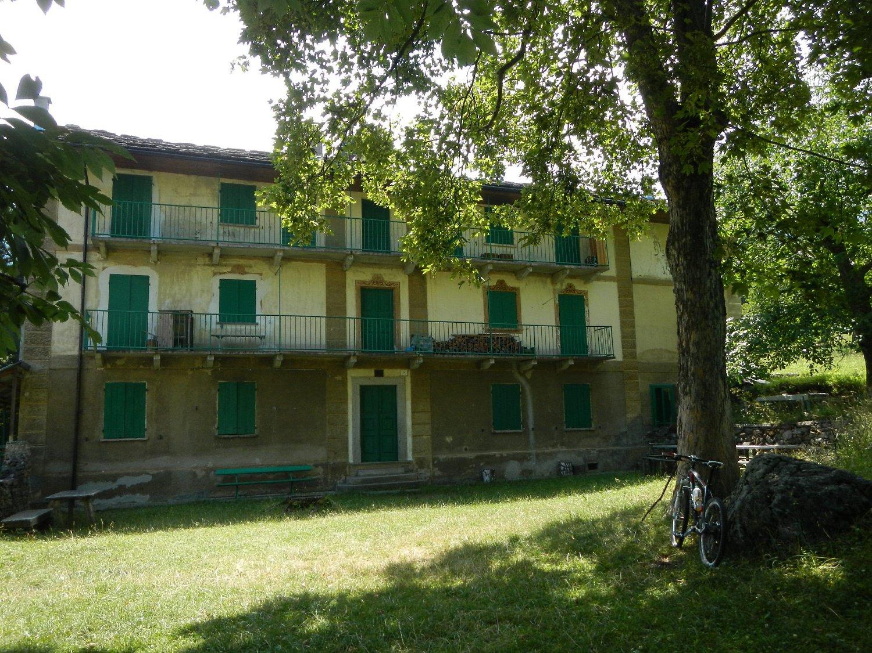 inaugurato nel 1904 l'Hotel Ristorante Cervetto era un noto luogo di villeggiatura