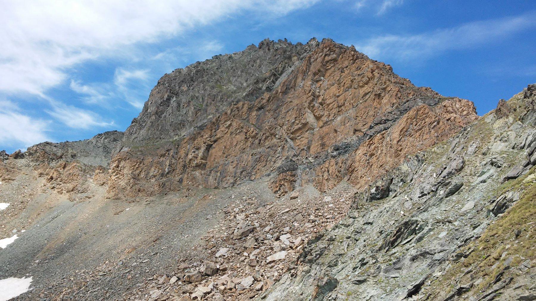 Punta Bes mt. 3177, vista dal sentiero del Col Leynir