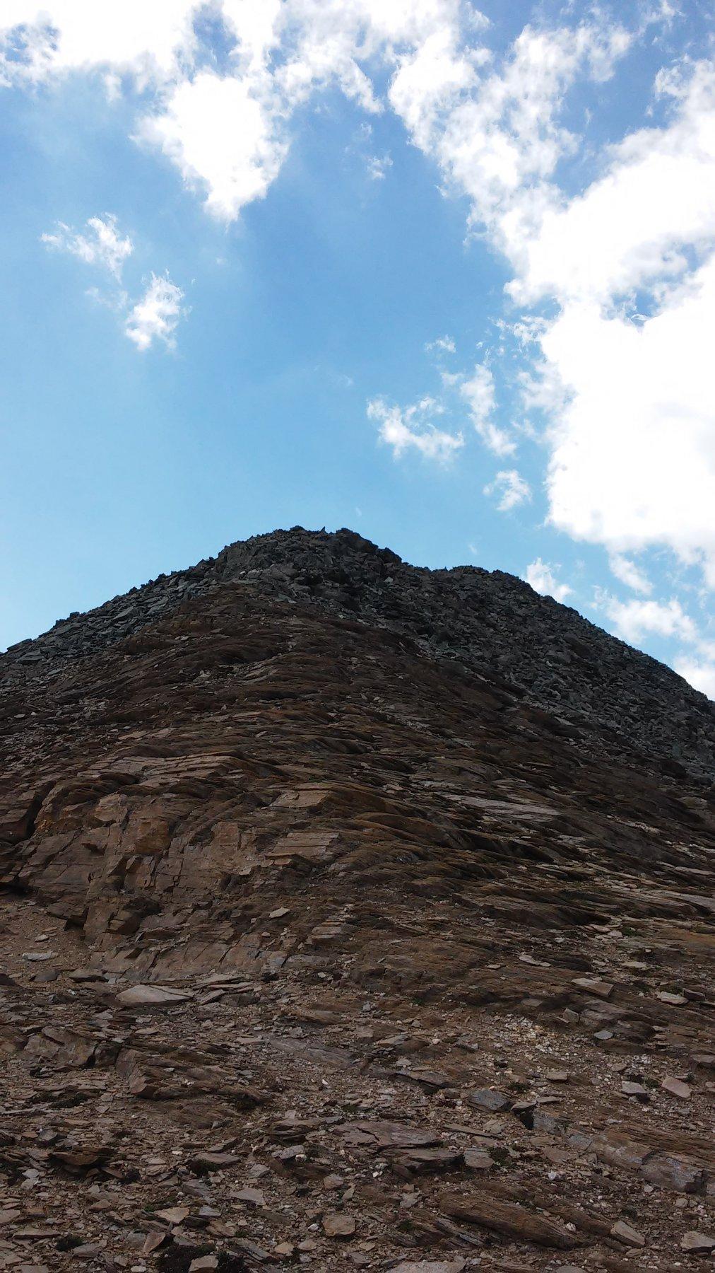 Cresta nord/ovest di punta Bes mt.3177 , vista dal colletto 3111