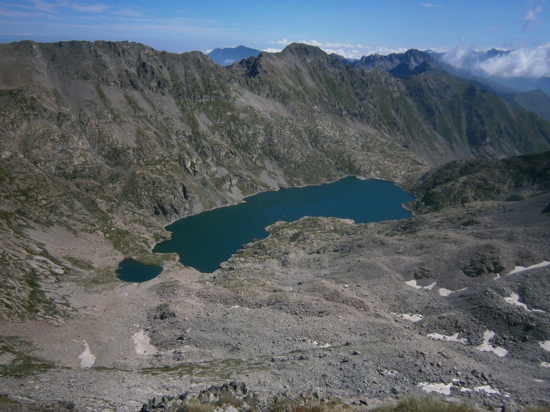 Il grande lago dell'Agnel