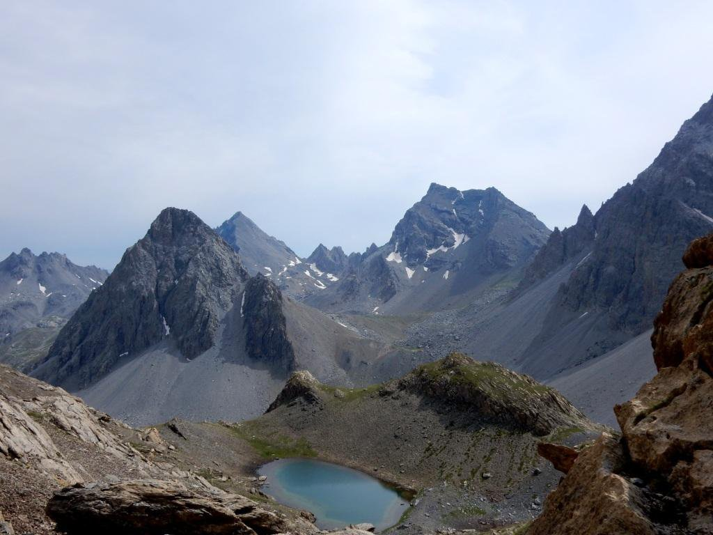 lago della Finestra, Baueria in primo piano e dietro Sautron e Rocca Blancia