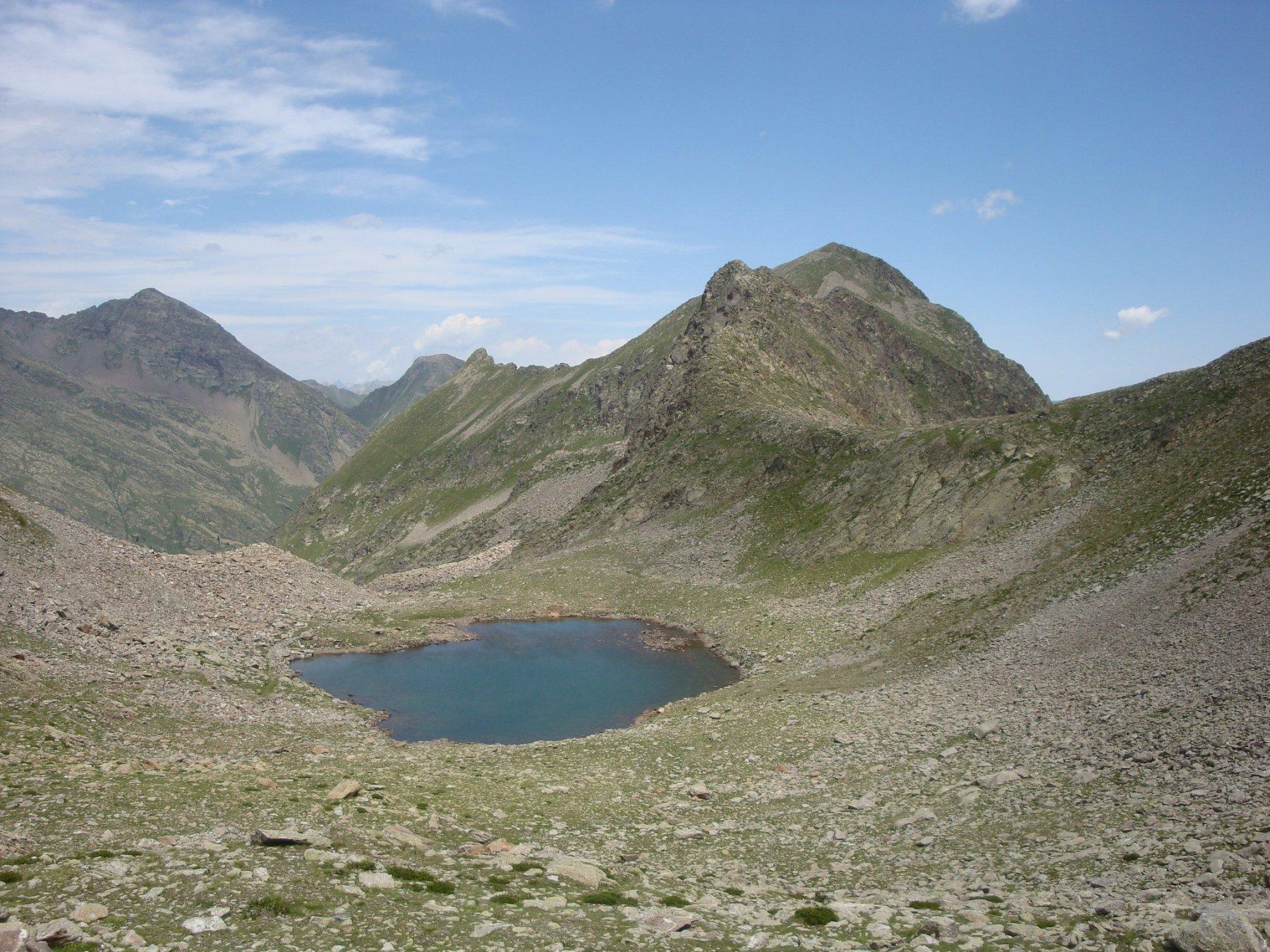 lago di Seccia e rocca